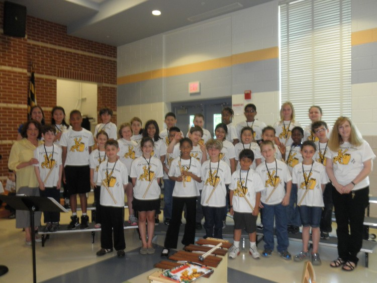 Jennifer Boice, (far left) with her third grade recorder students.