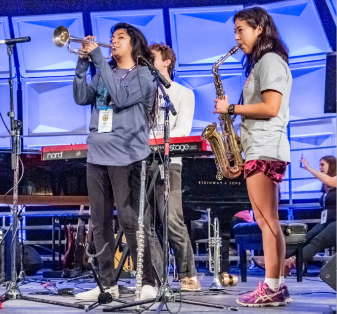 2019 ANHE Modern Band rehearsal